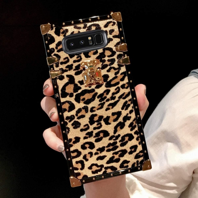 IPHONE 11 PRO LEOPARD BOX CASE